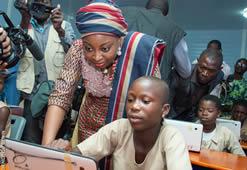 Cérémonie mise en service des salles de classe numàrique à Allada et à Nikki